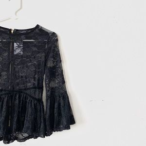 Rue 21 Black Lace Top Small